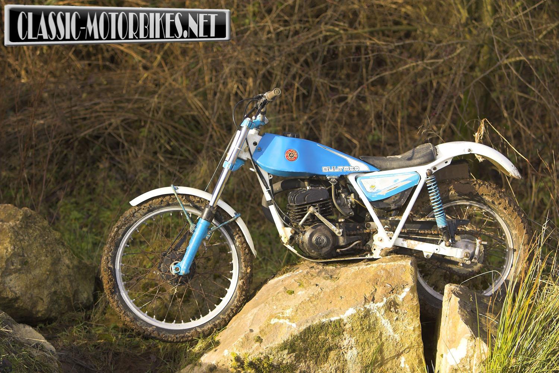 Bultaco Sherpa T OffRoad Test   Classic Motorbikes