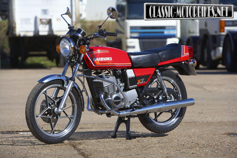 Suzuki gt250 x7 restoration classic motorbikes for Ecksofa 250 x 250