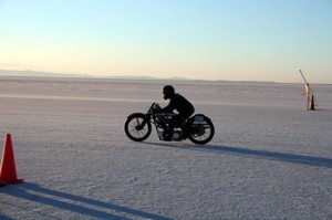 USA 11 - Salt Flats - Eric Patterson sets off on a record breaking run