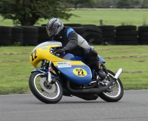 Class B Runner-up Ian Jackson - 500 Suzuki -