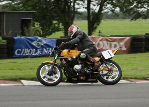 Rick Quinlan, 900 Honda, got within 0.26mph of his target speed