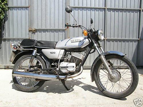 Yamaha RS100 Gallery | Classic Motorbikes