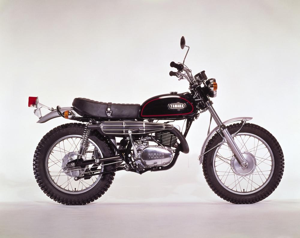 Yamaha rt3 classic motorbikes for 1973 yamaha yz80
