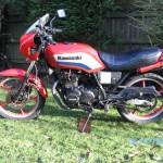 Kawasaki GPz305