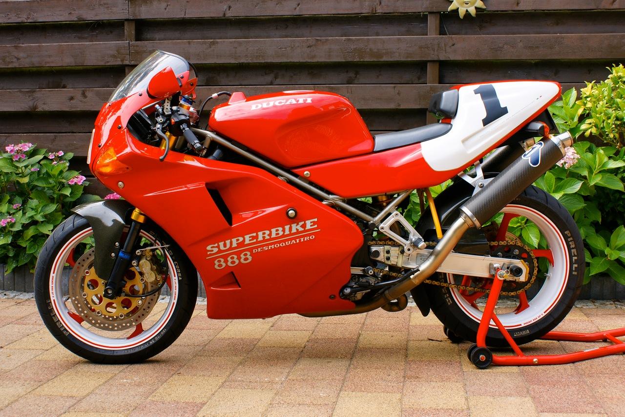 Ducati  Spo Specs
