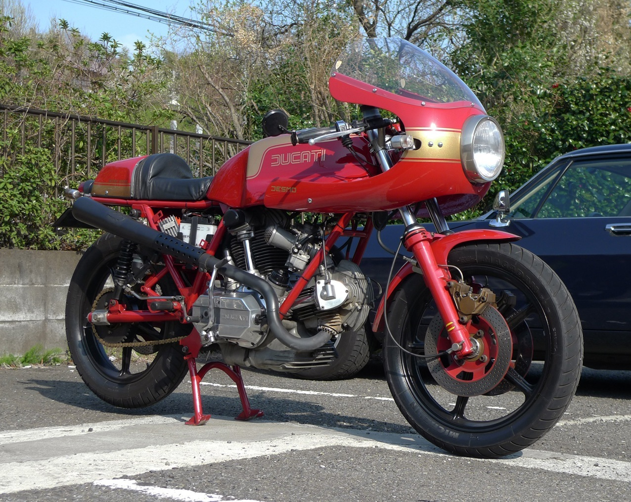 ducati 900ss gallery classic motorbikes. Black Bedroom Furniture Sets. Home Design Ideas