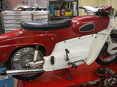 Ariel Leader Classic Bikes Gallery | Classic Motorbikes