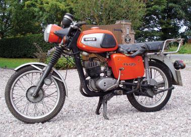 mz classic motorcycles classic motorbikes. Black Bedroom Furniture Sets. Home Design Ideas