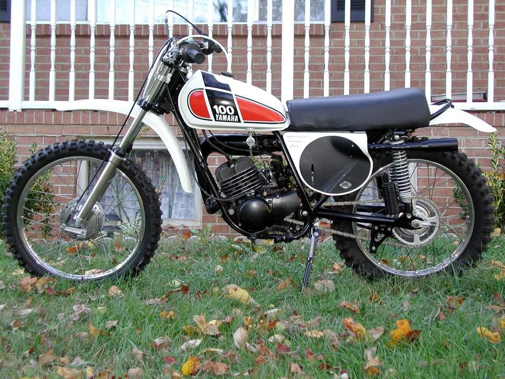 Yamaha mx100 classic motorbikes for 1973 yamaha yz80
