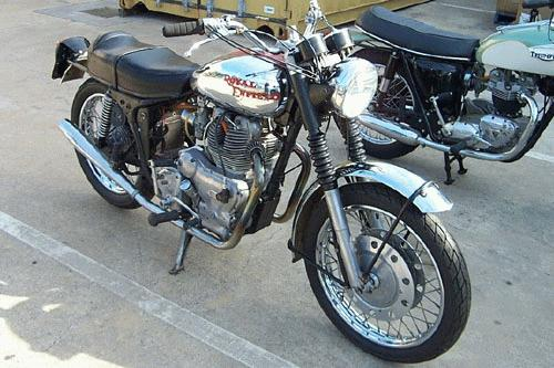 royal enfield interceptor classic motorbikes. Black Bedroom Furniture Sets. Home Design Ideas