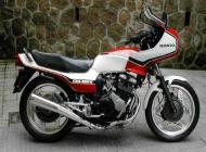 Honda CBX 400F2