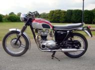 1967 Triumph TR6 Trophy