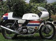 1977 Norton Commando 850 JPS Replica
