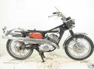 Suzuki TC305