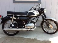 1966 Suzuki S-32
