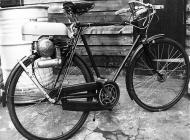 Trojan Mini-Motor MkI on 1939 New Hudson bicycle