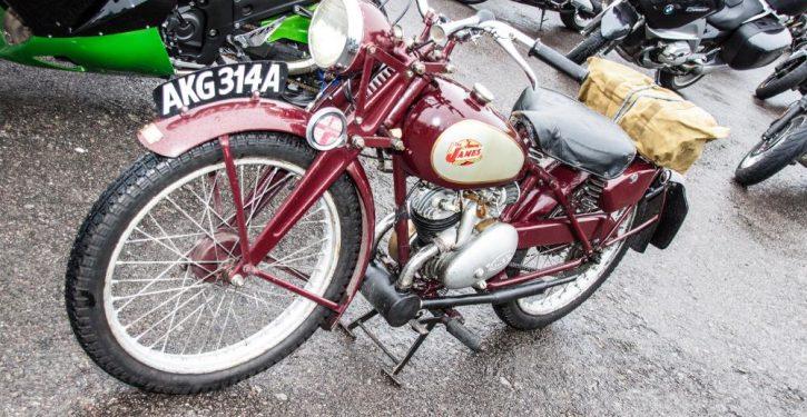 2016 Simply Bikes - Famous James