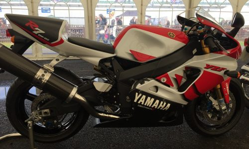 Yamaha YZF R7 OW02