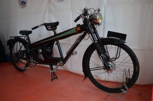It's a 1951 cyclo-tandem Narcisse vacation transport in post war France