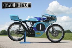Honda MT125R