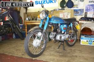 Suzuki AP50