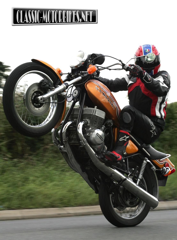 Kawasaki H2 750 Road Test - Classic Motorbikes