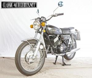 Yamaha YDS7