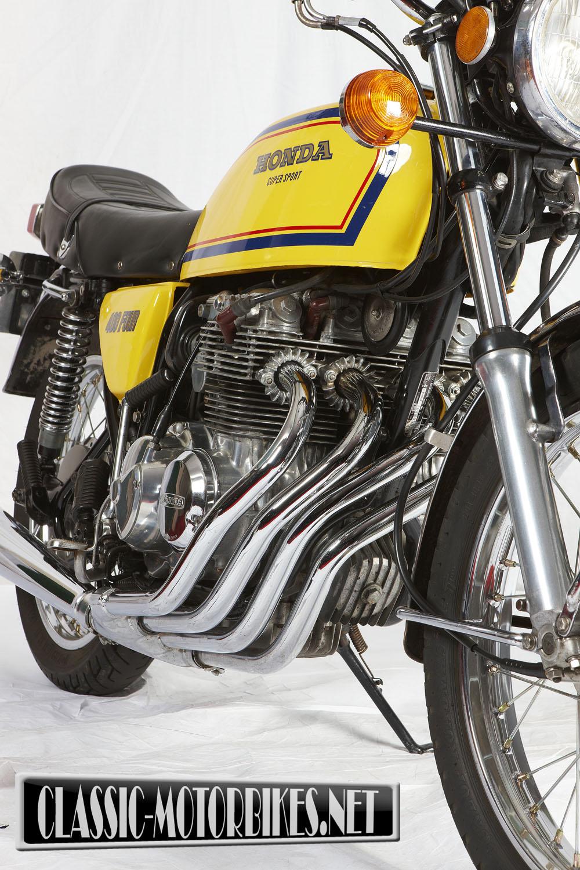 Honda cb400four road test classic motorbikes honda 400 4 falaconquin