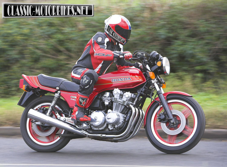 honda cb900f road test classic motorbikes. Black Bedroom Furniture Sets. Home Design Ideas