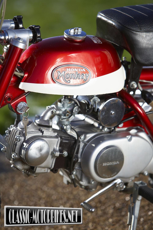 Honda Z50 Monkey Bike Road Test Classic Motorbikes 1960s 50cc Z50a