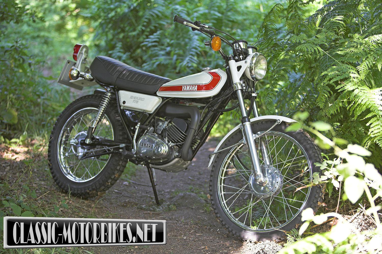 Yamaha DT175 Road Test - Classic Motorbikes