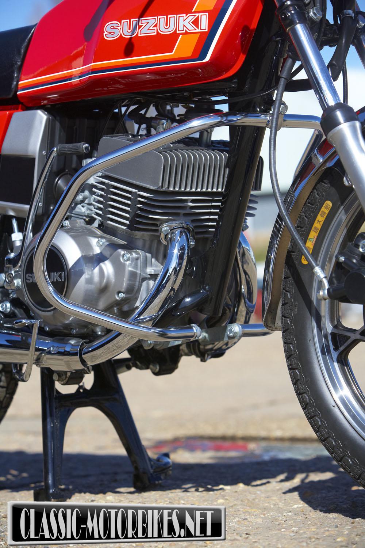 suzuki gt250 x7 restoration classic motorbikes rh classic motorbikes net Suzuki T250 Suzuki GT750
