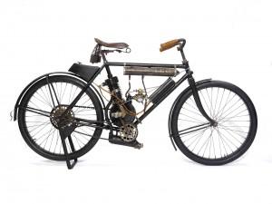 RARE 1905 LEO MOTORCYCLE