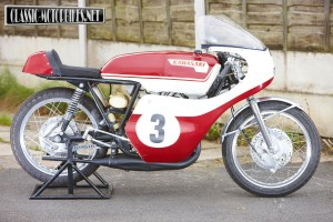 1967 Kawasaki A1-R