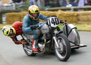 Moz Baines and Peter Jordan - 600 Norton (2)
