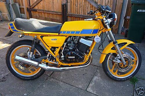 Yamaha RD400 Gallery - Classic Motorbikes