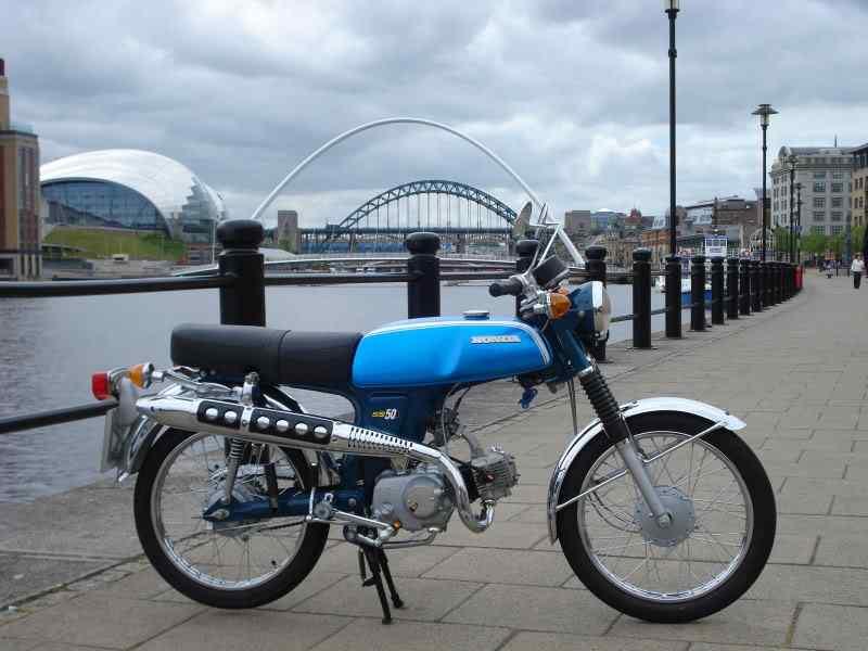 Honda SS50 Gallery - Classic Motorbikes
