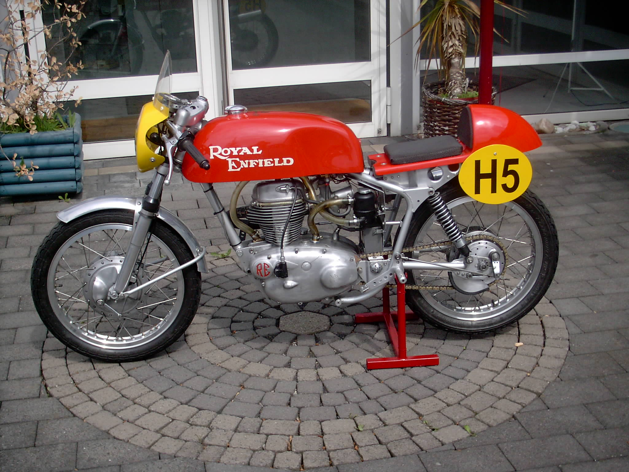 Royal Enfield Continental | Classic Motorbikes