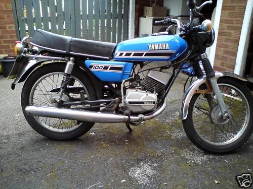 Yamaha RS100 Gallery - Classic Motorbikes