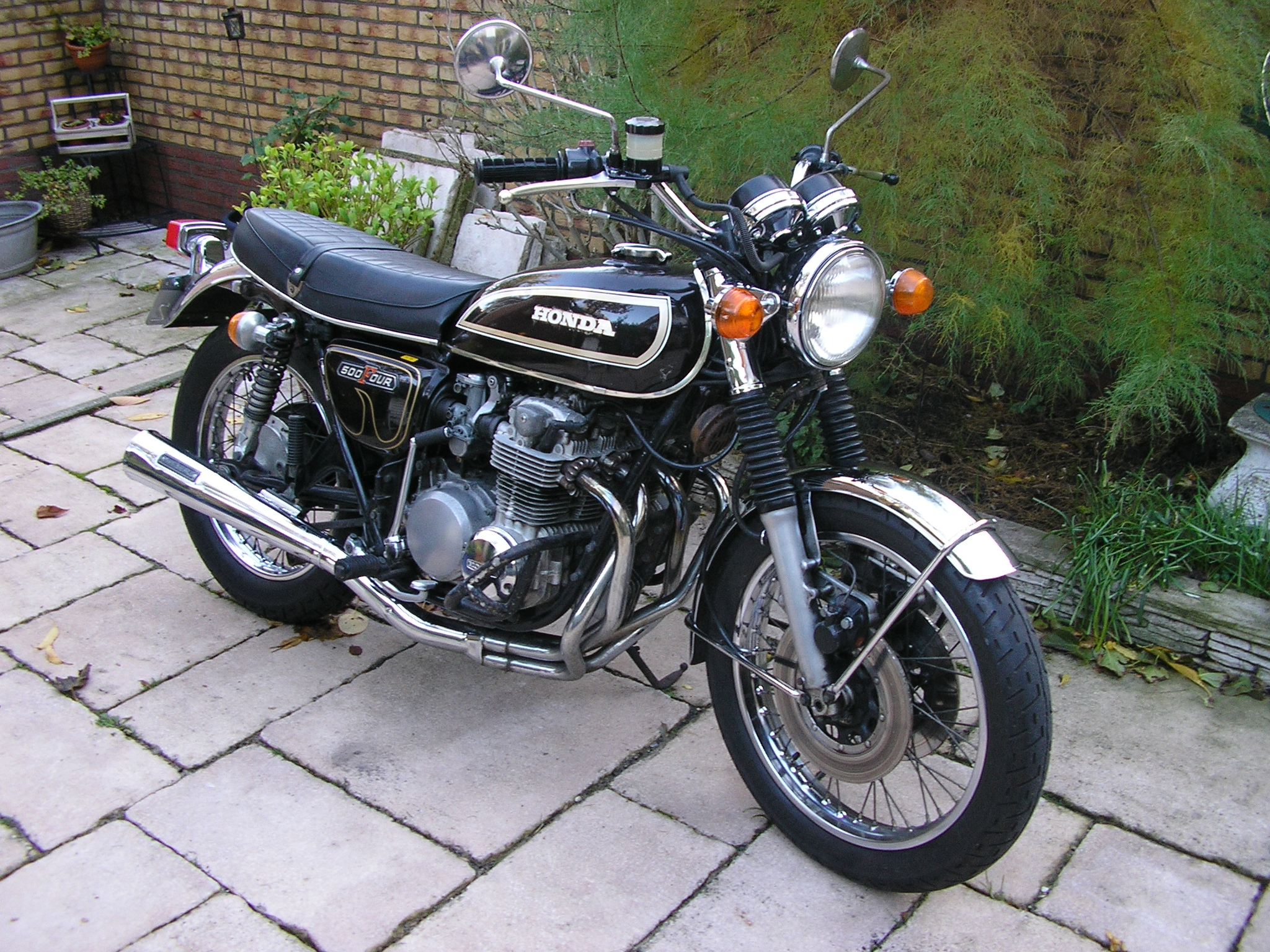 cb500 gallery classic motorbikes. Black Bedroom Furniture Sets. Home Design Ideas