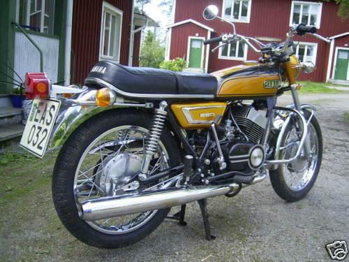 Yamaha DS7 - Classic Motorbikes