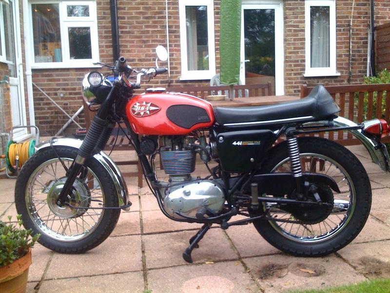 BSA B44 Gallery - Classic Motorbikes