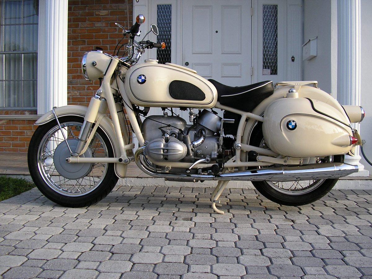 Harley Davidson Motorcycles >> BMW R69 Classic Bike Gallery - Classic Motorbikes