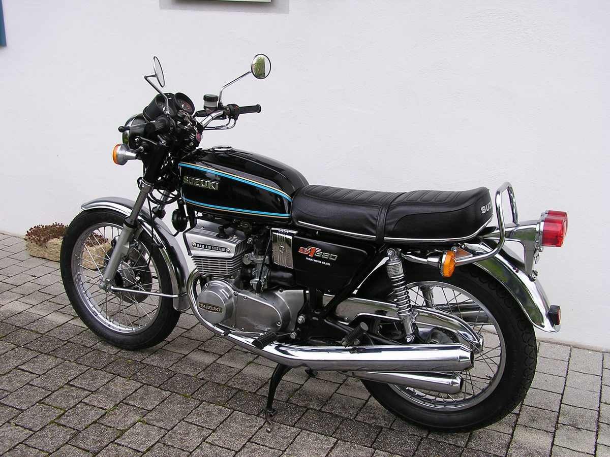 Suzuki Gt380 Gallery Classic Motorbikes