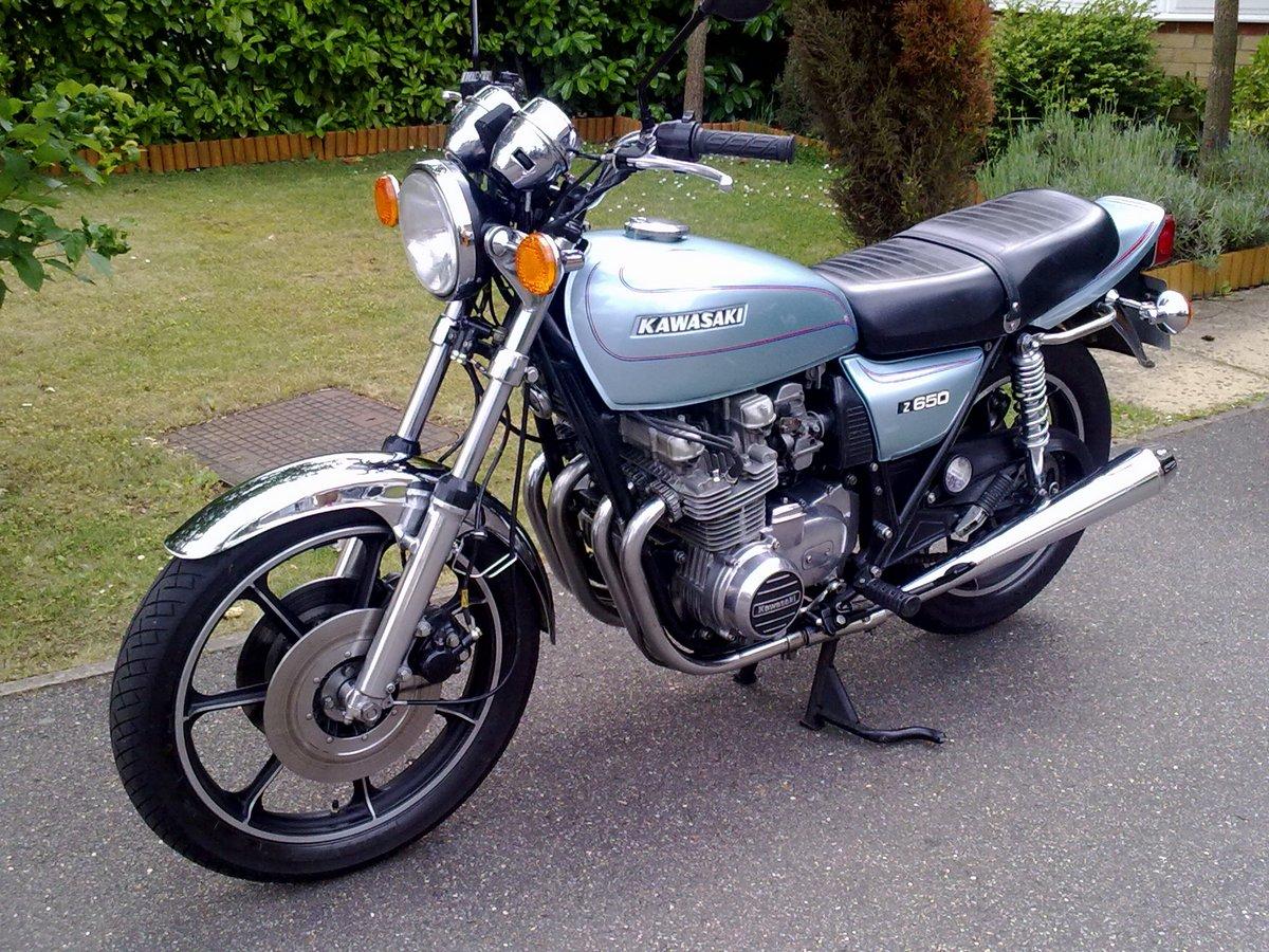 kawasaki z650 gallery classic motorbikes. Black Bedroom Furniture Sets. Home Design Ideas