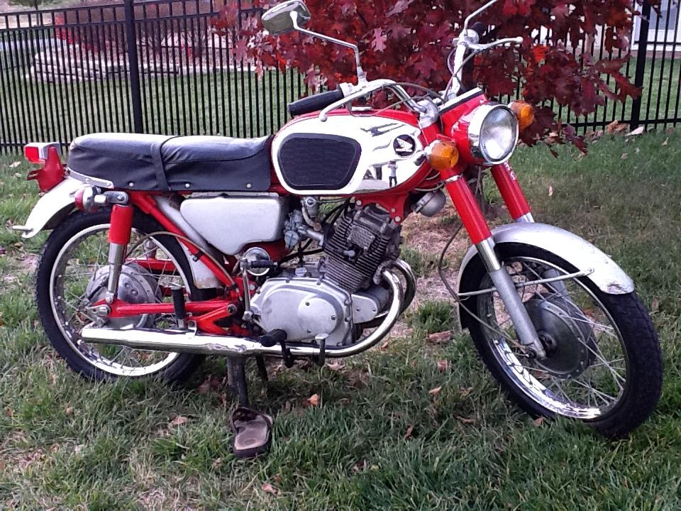 CB160 Gallery - Classic Motorbikes