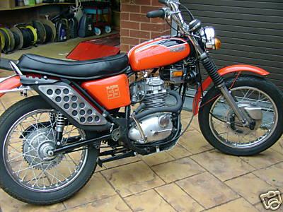 Triumph TR25 Trailblazer - Classic Motorbikes