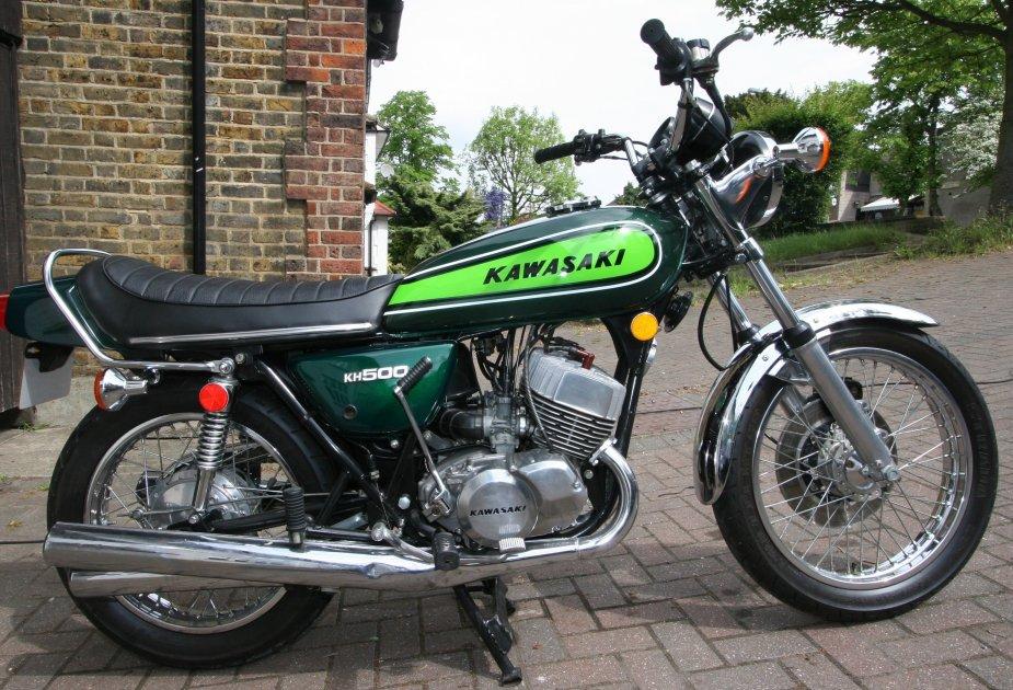 Kawasaki H1 Gallery Classic Motorbikes