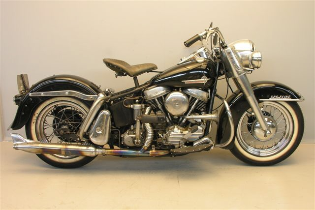 Old Harley Davidson: Harley Davidson FLH Classic Bikes
