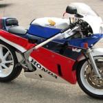 Honda RC30 Gallery